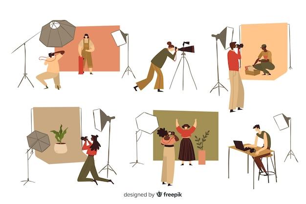 Fotografen die in hun studio werken