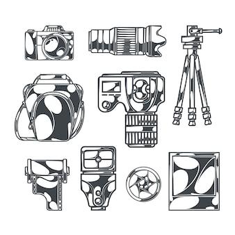 Fotografie set met geïsoleerde zwart-wit beelden van dslr-camera's met accessoires en statieven