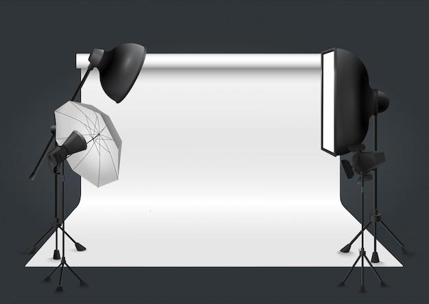 Fotostudio met verlichtingsapparatuur. vector illustratie