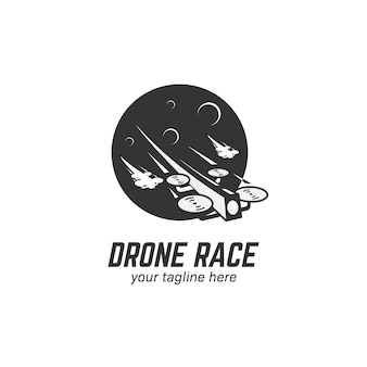 Fpv drone race racing logo pictogram illustratie met maan achtergrond en een ander drone silhouet