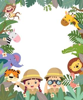 Frame cartoon van meisje en jongen met verrekijkers in safari kleding met dieren in tropische bladeren.