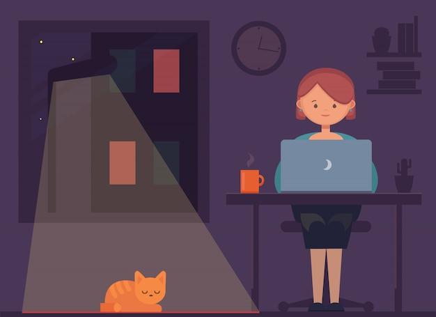 Freelancer werkt 's nachts. afstandswerk. jonge vrouw zitten in de kamer met kat en laptop, surfen op internet of netwerken. programmeur, ontwerper, schrijver thuiswerkend.