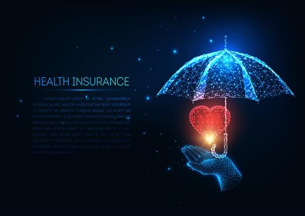 Futuristische ziektekostenverzekering met gloeiende lage veelhoekige menselijke hand, rood hart en paraplu.