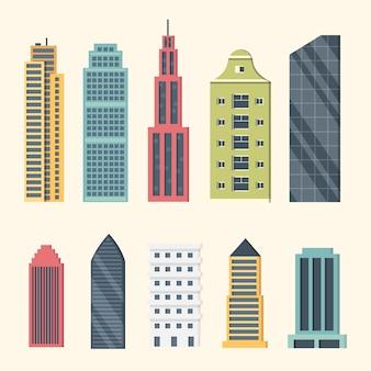 Gebouwen en wolkenkrabbers in het centrum. grote stad gebouwen illustratie. kantoorappartement en huis residentiële buitenkant.