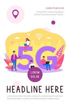 Gebruikers van apparaten die genieten van 5g-internet in de stad