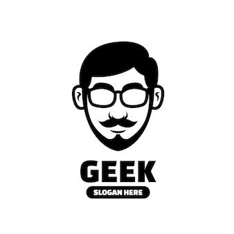 Geek jongens mascotte logo sjabloon zwarte creatievelingen