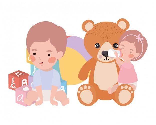 Geïsoleerde babyjongen en meisje