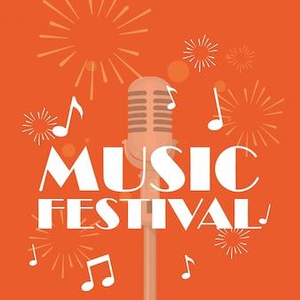 Geïsoleerde microfoon van muziekfestival