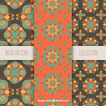 Gekleurde boho patronen met vlakke ornamenten