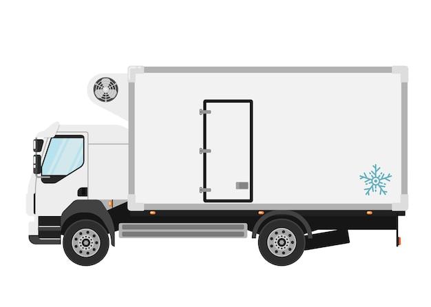 Gekoelde vrachtwagen op wit wordt geïsoleerd