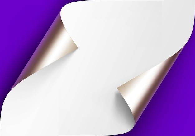 Gekrulde metalen platina hoeken van wit papier