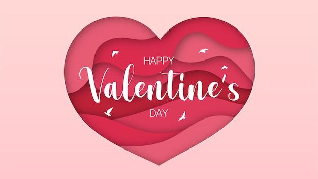 Gelaagd papier gesneden roze harten en gelukkige valentijnsdagberichten voor wenskaarten die aan koppels worden gegeven