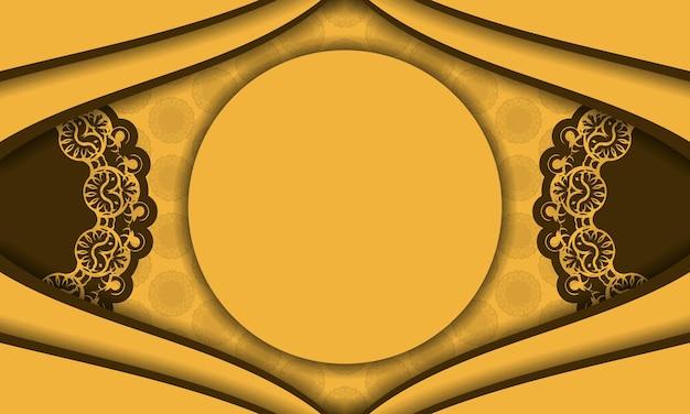 Gele achtergrond met indiase bruine ornamenten en plaats voor uw logo
