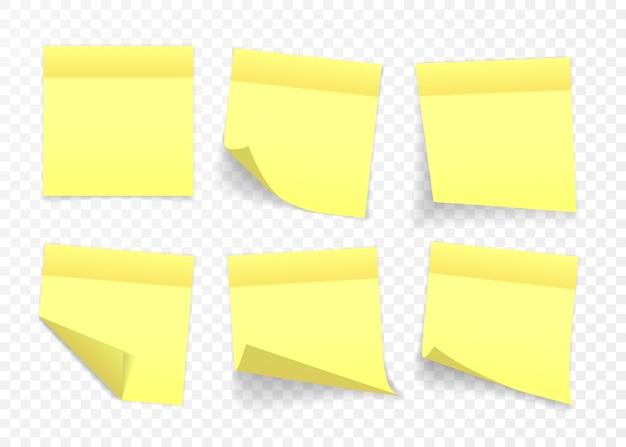 Gele kleverige nota geïsoleerd op transparante achtergrond.