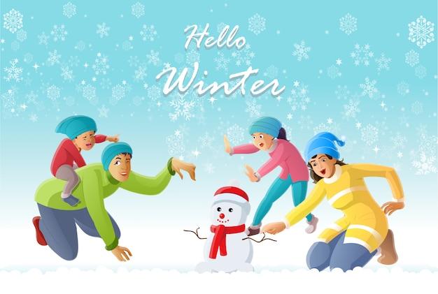 Gelukkig familieplezier in de winter