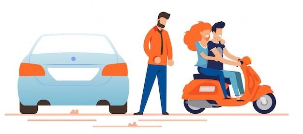 Gelukkig man en vrouw rijden bromfiets in de buurt van auto-eigenaar