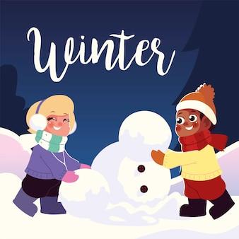 Gelukkig meisje en jongen die sneeuwman in winterseizoen vectorillustratie maken
