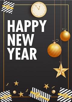 Gelukkig nieuwjaar wenskaart of sjabloon met illustratie van wandklok, kerstballen, sterren en geschenkdozen ingericht op grijs.