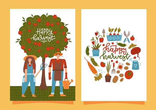 Gelukkig oogstkaarten. set van verticale banners met lachende boeren oogsten. verse natuurlijke producten. lokale landbouwmarkt. biologisch eco-voedsel. vector platte stripfiguren voor mannen en vrouwen.