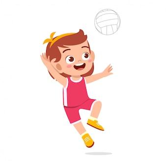 Gelukkig schattige jongen meisje spelen trein volleybal