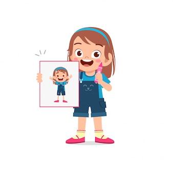 Gelukkig schattige kleine jongen jongen en meisje tekenen met krijt op papier