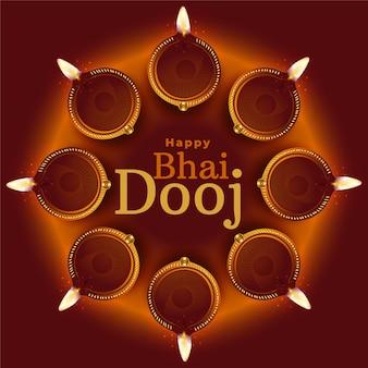 Gelukkige bhai dooj traditionele diya decoratie vector als achtergrond