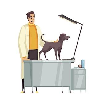 Gelukkige dierenarts die hondencartoon onderzoekt