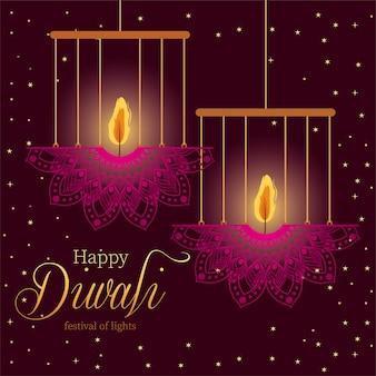 Gelukkige diwali hangende mandala's kaarsen op paars ontwerp als achtergrond, festival van lichtenthema.