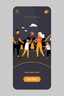 Gelukkige familie paar genieten van buitenactiviteiten met kinderen op mobiele app