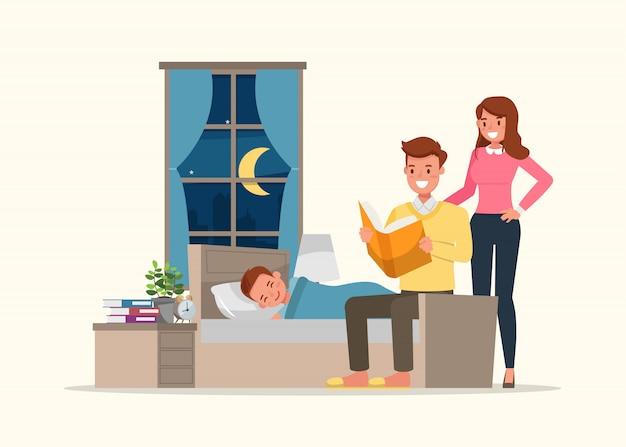 Gelukkige familie, vader die een verhaaltje voor het slapengaan voor zijn zoon leest.