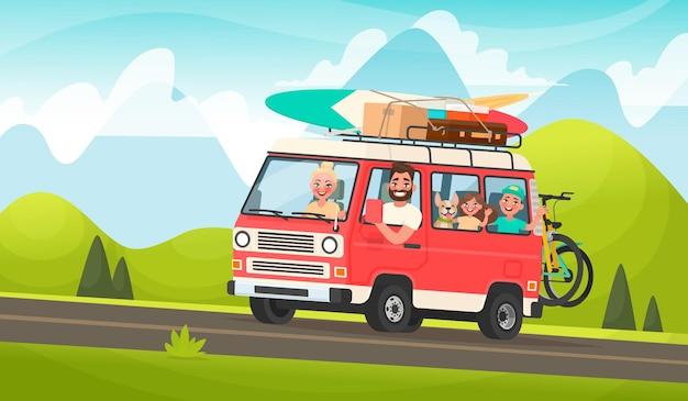 Gelukkige familiereis. moeder, vader, kinderen en een hond reizen in een toeristisch minibusje door een berglandschap. in cartoon-stijl