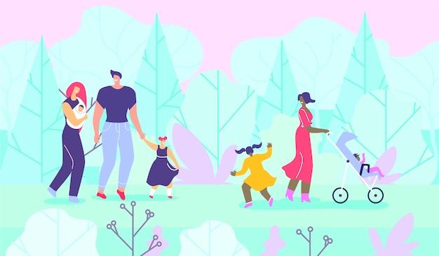 Gelukkige gezinnen met kinderen die wandelen in het bos