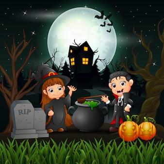 Gelukkige halloween-heks en vampier in de nacht