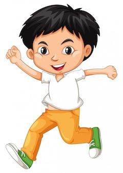 Gelukkige jongen in wit overhemd dat op wit loopt