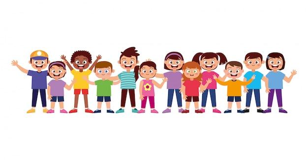 Gelukkige kinderen die en hand glimlachen golven