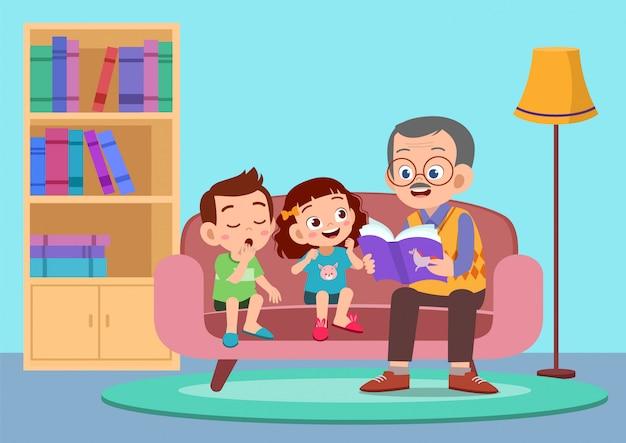 Gelukkige kinderen horen een verhaal van opa