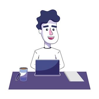 Gelukkige mens die met computer en koffie werkt
