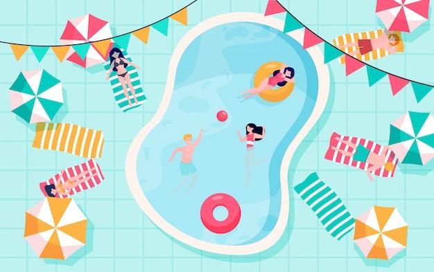 Gelukkige mensen die bij zwembad ontspannen