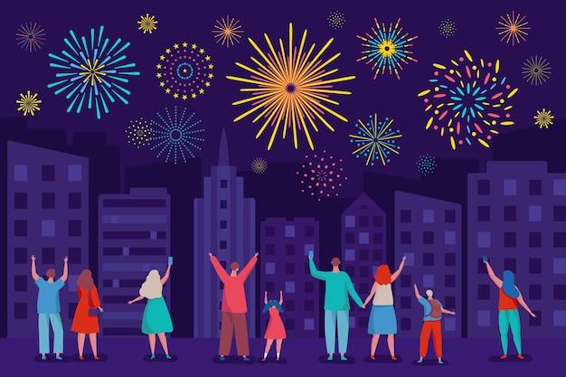 Gelukkige mensen kijken naar vuurwerk in de nachtelijke hemel city festival vakantie vectorillustratie