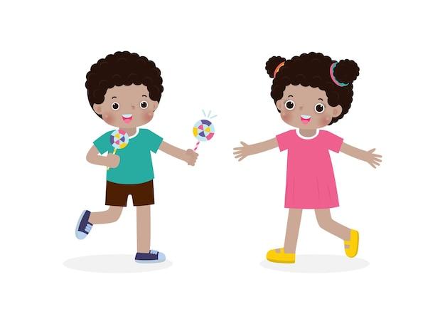 Gelukkige schattige kleine kinderen die snoep delen met vriend stripfiguren plat ontwerp geïsoleerde vector