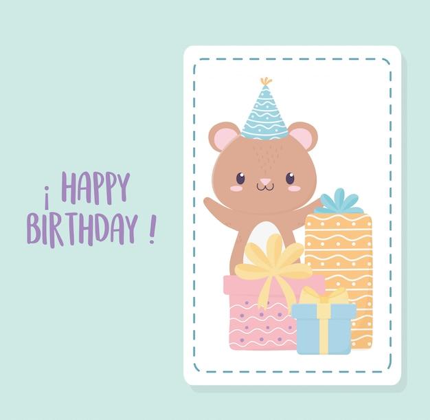 Gelukkige verjaardag kleine beer feestmuts en geschenkdozen viering decoratie kaart
