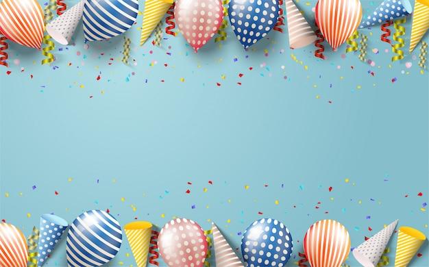 Gelukkige verjaardag vector achtergrond met illustraties van verschillende soorten 3d-ballonnen, geschenkdozen en verjaardag hoeden op een blauwe zee achtergrond.