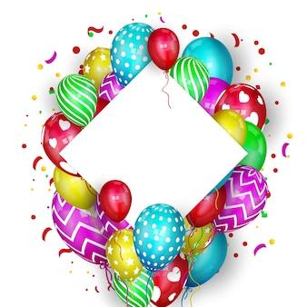 Gelukkige verjaardag-wenskaart met ballonnen en confetti op witte achtergrond. ruimte voor uw tekst