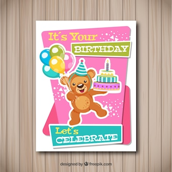 Gelukkige verjaardagskaart met teddybeer in vlakke stijl