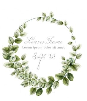 Gelukkige verjaardagskroon kaart met aquarel groene bladeren