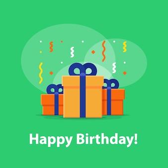 Gelukkige verjaardagsviering, verjaardagsuitnodiging, groep van drie dozen, verrassingsgeschenk met vallende confetti, gefeliciteerd illustratie, platte pictogram