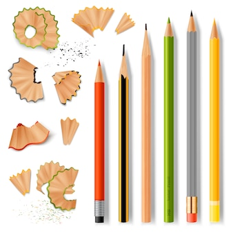 Gescherpte houten potloden en spaanders