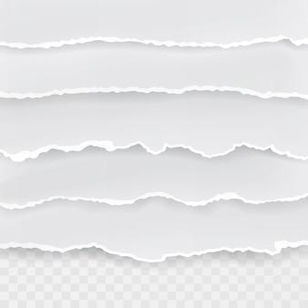 Gescheurd gat in vel papier op transparante achtergrond