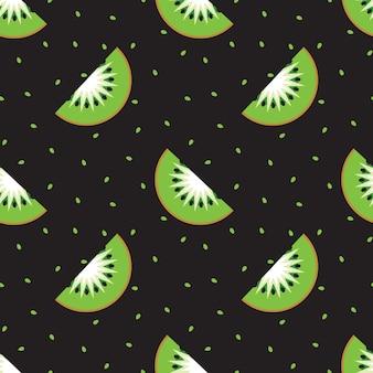 Gesneden kiwiplakken op een zwarte achtergrond. naadloze achtergrond.