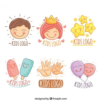 Geweldige collectie van de hand getekende kinderen logos
